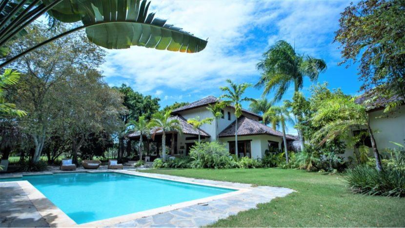 Villa Turística en Venta en Guavaberry Golf and Country Club ID 1119